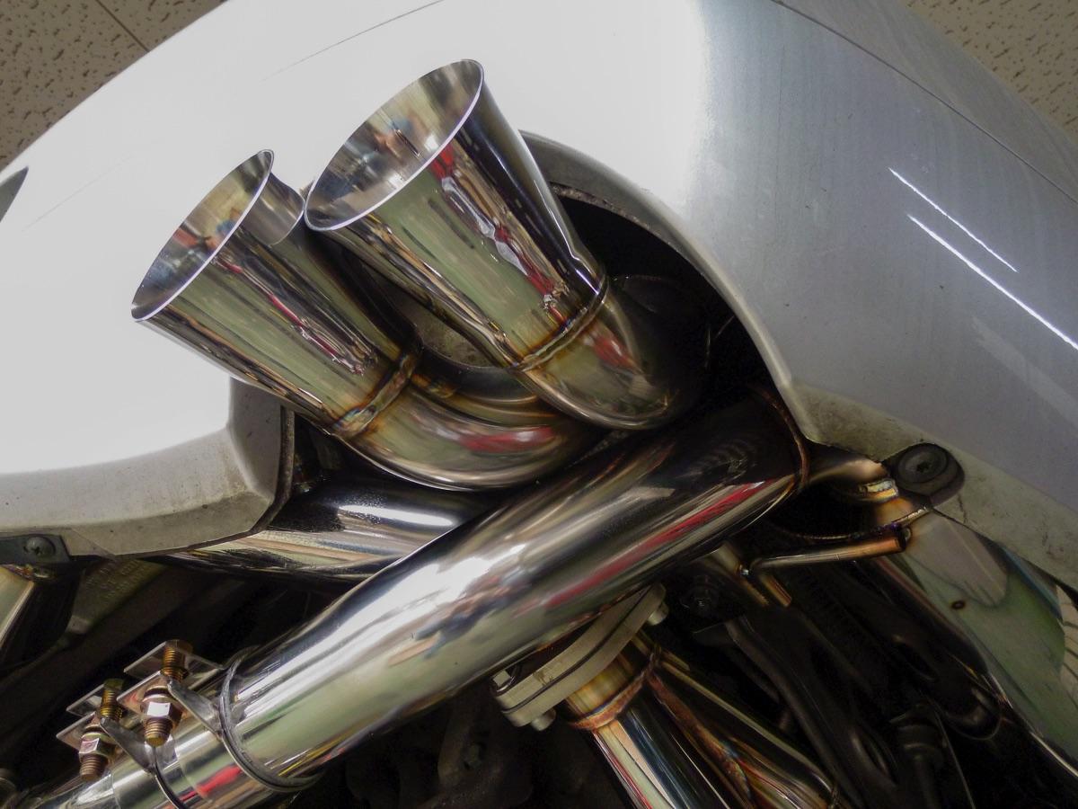 ポルシェ996 GT3 マフラー